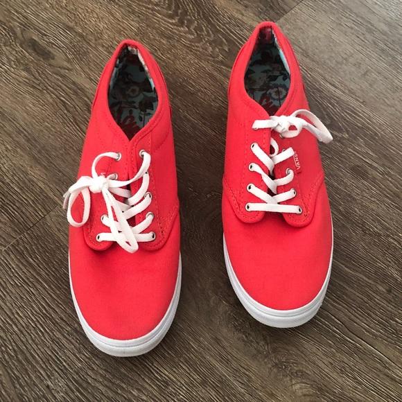 758f2304f405 Light Red Vans. M 5bbca89d34a4ef1c36ab6702